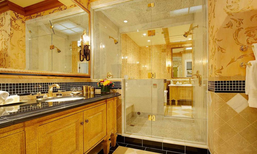 commercial-bathroom-design